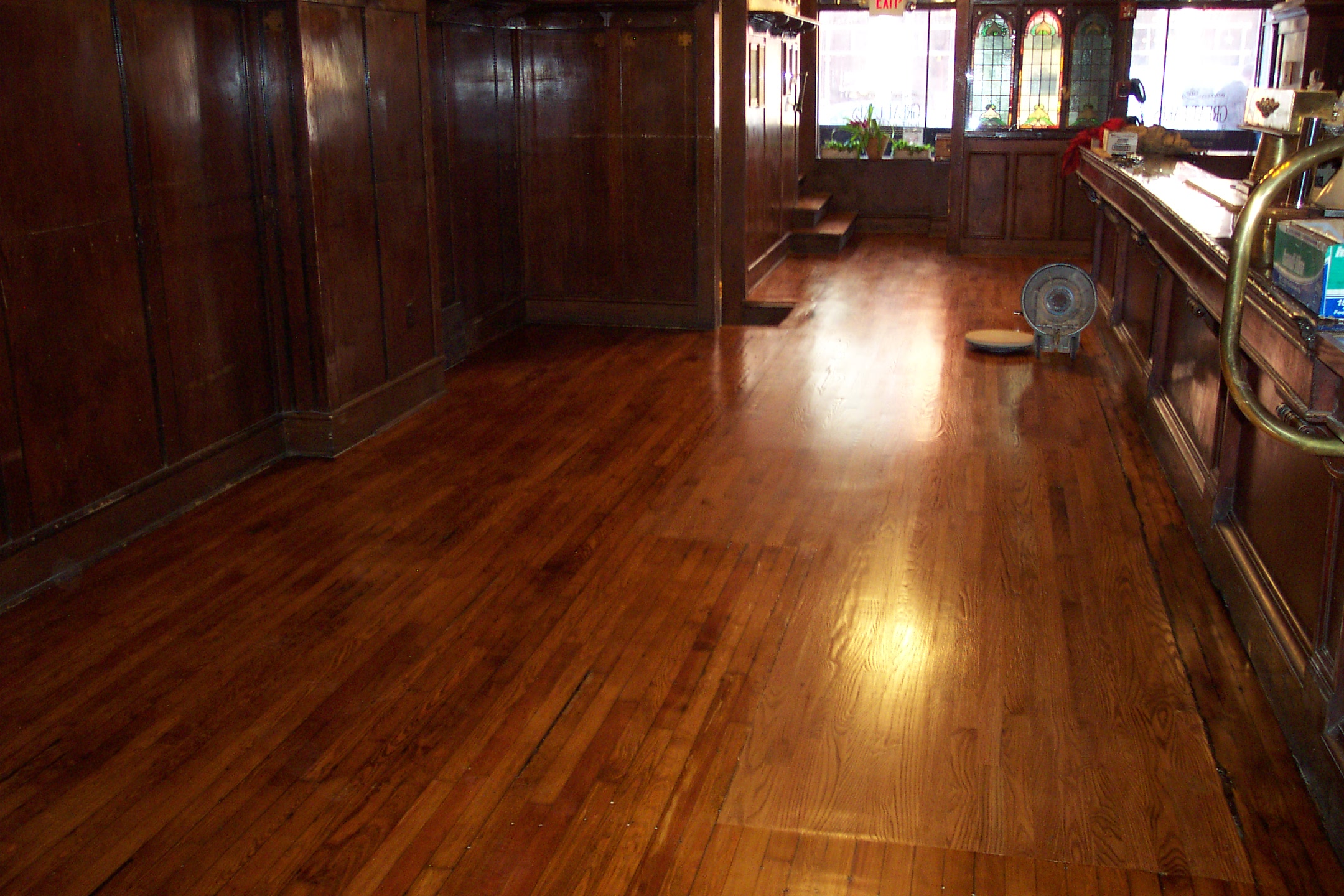 3 different types of hardwood flooring futurzweb for Type of floors in houses