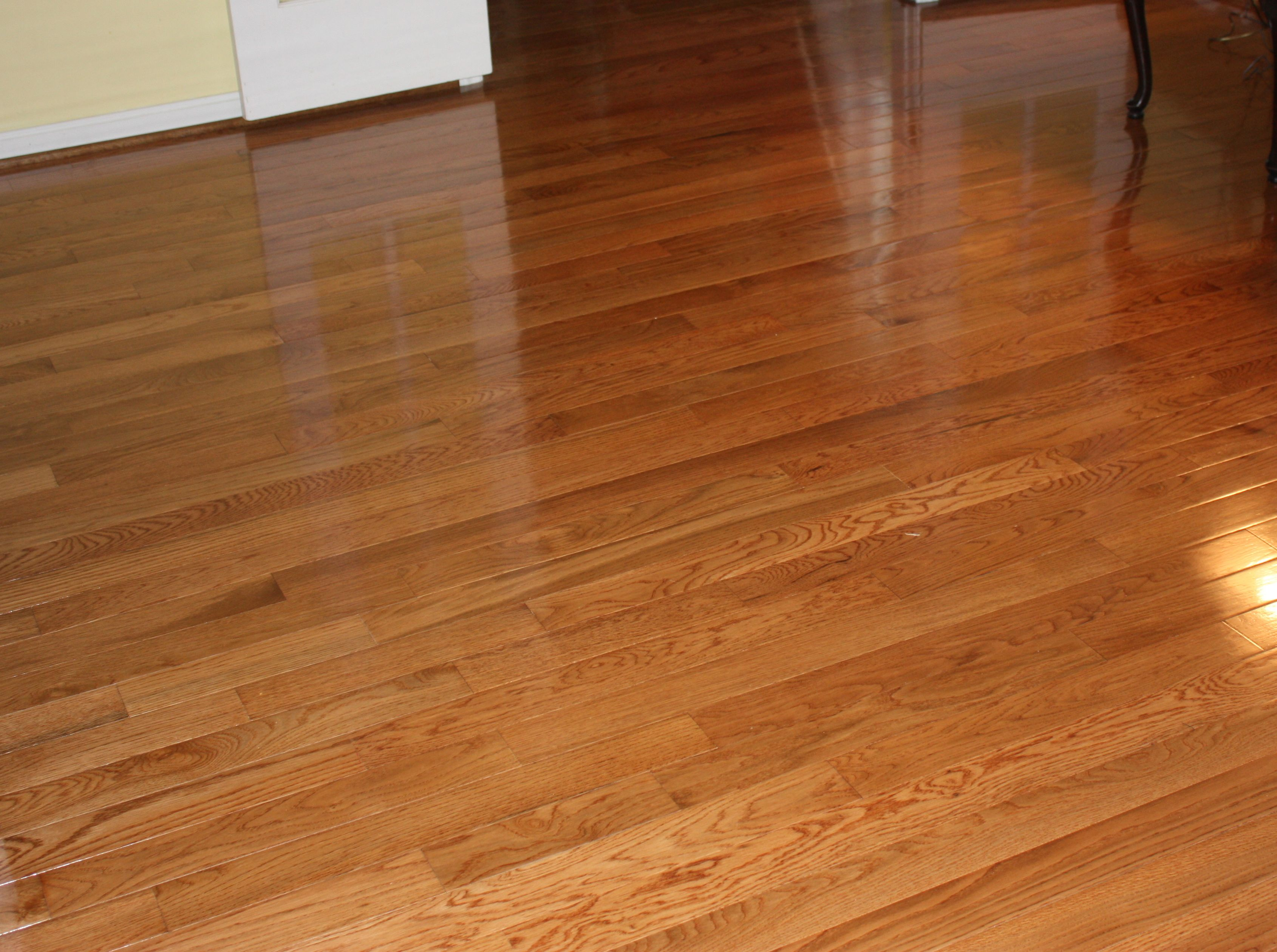 Different benefits of prefinished hardwood floors wood for Floor finishes