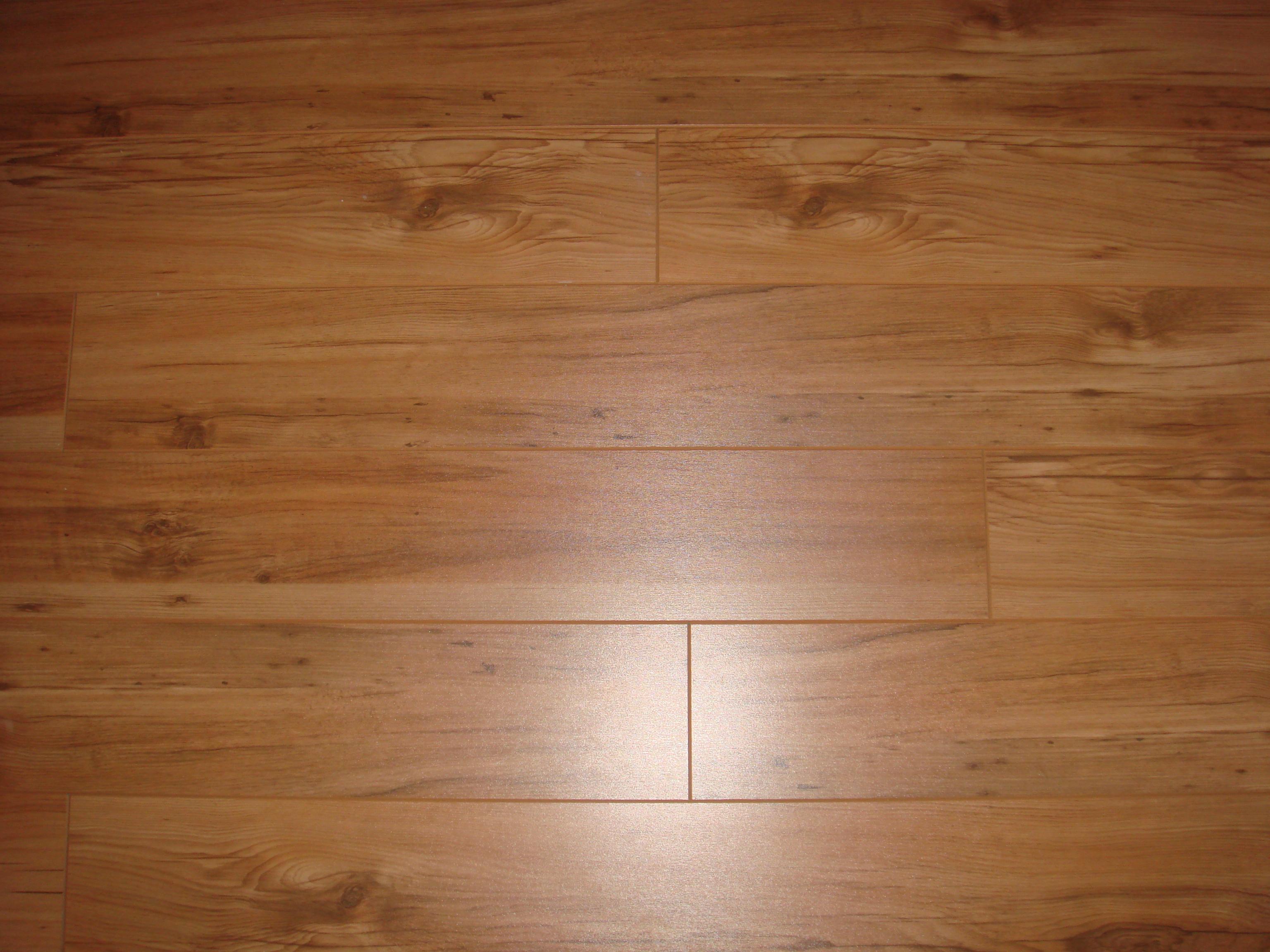 Best Wood Laminate Flooring